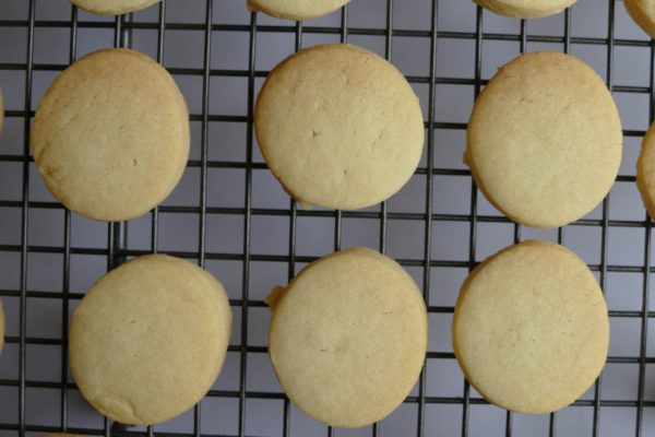 Simon's Shortbread Round on rack 1